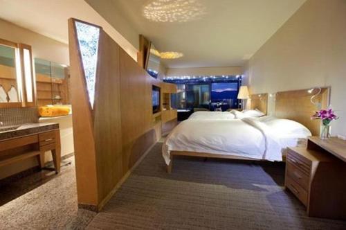 Sparkling Hill Resort - Vernon, BC V1H 2K7