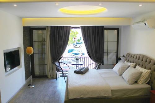Izmir Şara otel