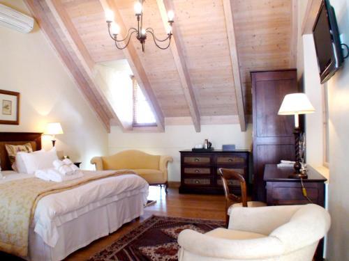 De Hoek Manor Photo