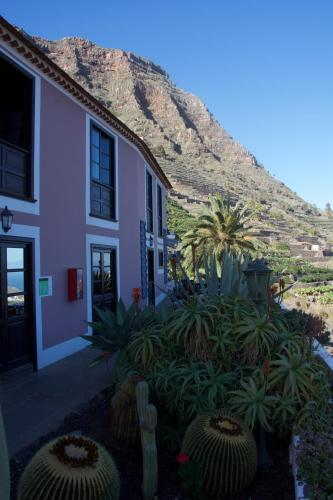 Barrio Ibo Alfaro; 38820 Hermigua, La Gomera, Canary Islands.