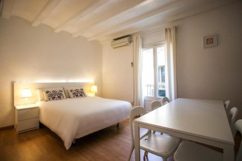 Ramblas Apartments photo 6