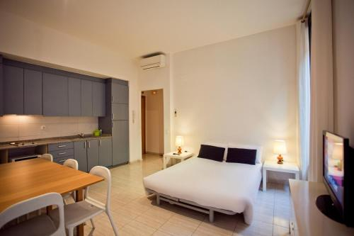Ramblas Apartments photo 49