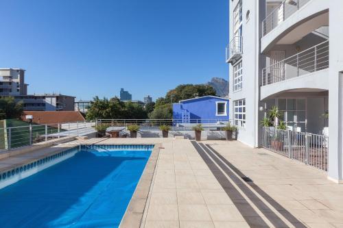 14 Harbour Terrace Photo