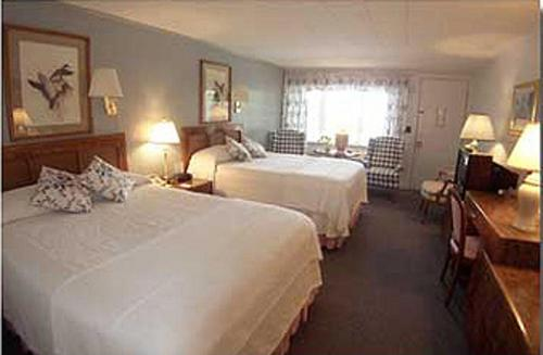 Mount Battie Motel And Bed And Breakfast - Lincolnville, ME 04849