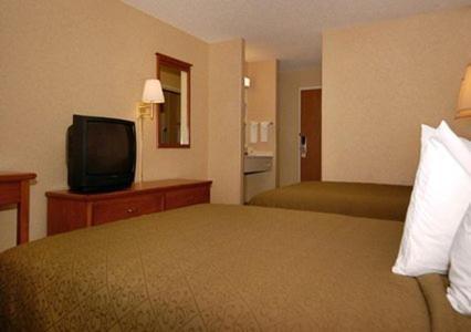 Quality Inn & Suites Montrose - Montrose, CO 81401