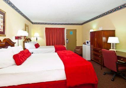 Econo Lodge Macon - Macon, GA 31201