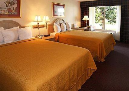 Quality Inn & Suites And Conference Center - Brooksville, FL 34602