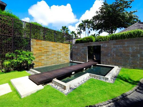 Jl. Kunti I, Seminyak, Kuta, Kabupaten Badung, Bali 80361, Indonesia.