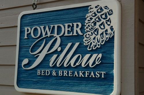 Powder Pillow Bed And Breakfast - Revelstoke, BC V0E 2S1