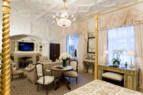 Milestone Hotel Kensington photo 90