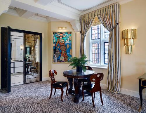 Milestone Hotel Kensington photo 95
