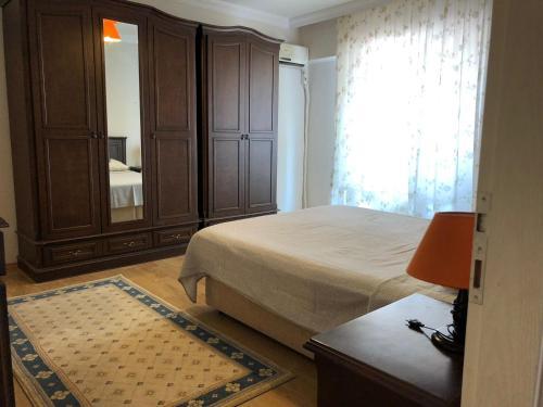 Trabzon kaşüstü mahallesi onur sokak no:4 daire:4 c blok yomra odalar