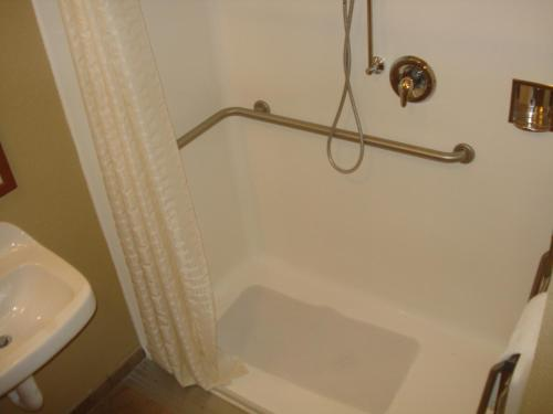 Candlewood Suites New Bern Photo