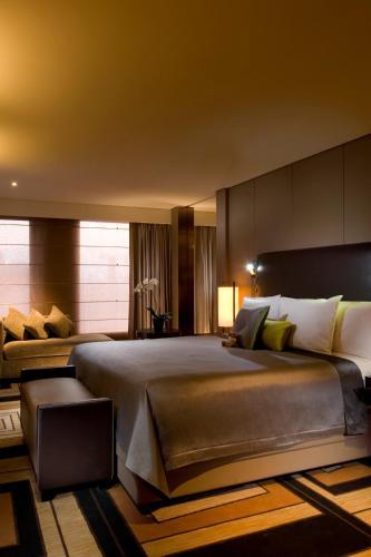 Hilton Beijing Wangfujing photo 23