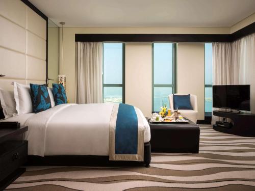 Sofitel Abu Dhabi Corniche photo 55