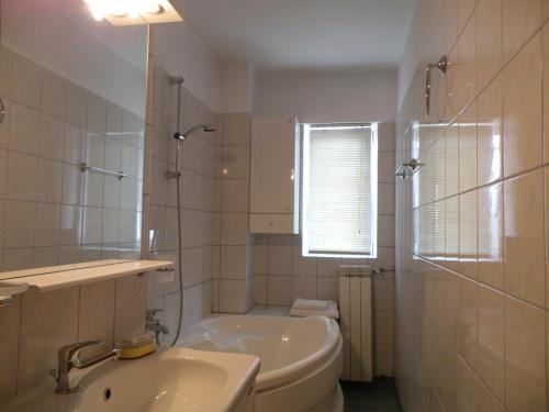 Bucharest Suites photo 75