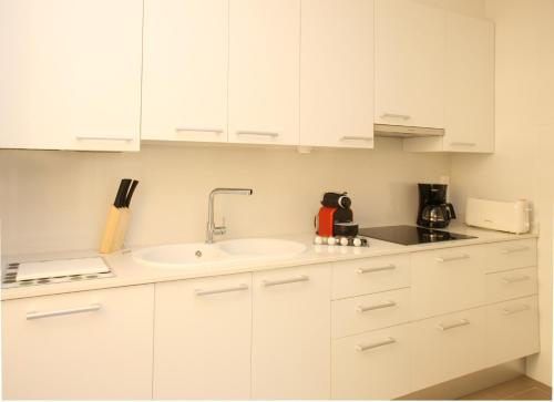 MH Apartments Suites photo 4