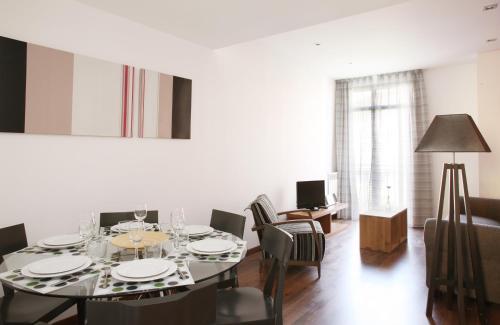MH Apartments Suites photo 5