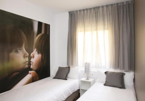 MH Apartments Suites photo 7