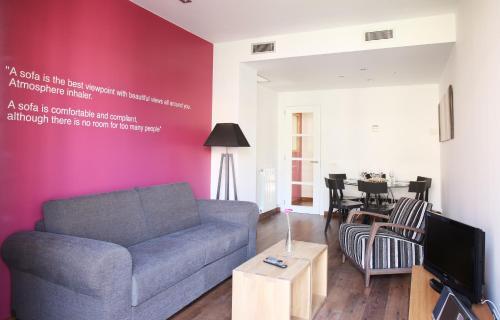 MH Apartments Suites photo 9