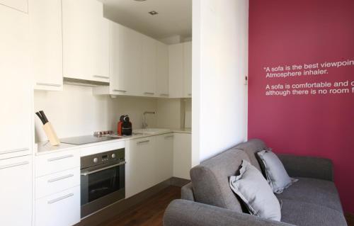 MH Apartments Suites photo 17