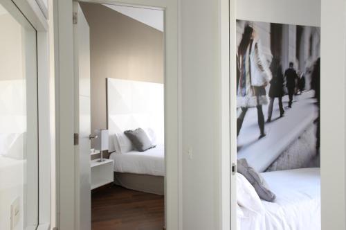 MH Apartments Suites photo 19