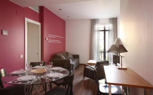 MH Apartments Suites photo 22