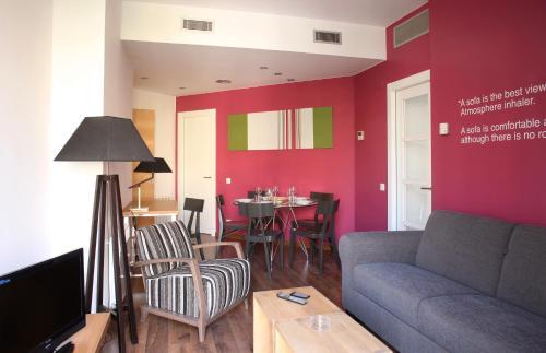 MH Apartments Suites photo 23