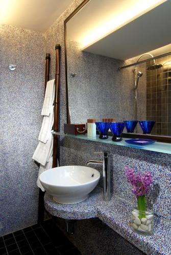 Lan Kwai Fong Hotel @ Kau U Fong photo 8