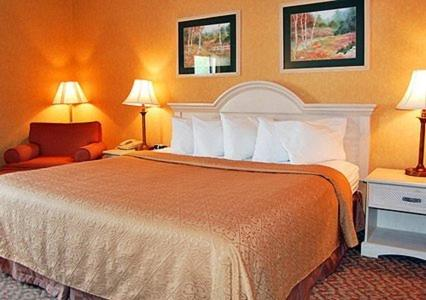 Quality Inn & Suites Manhattan - Manhattan, KS 66502