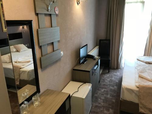 https://q-xx.bstatic.com/images/hotel/max500/152/152886140.jpg