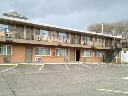 The Palms Motel Photo