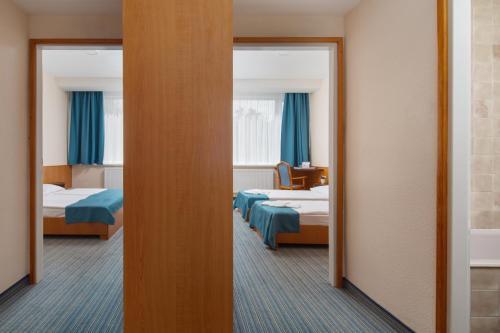 Benczur Hotel photo 37