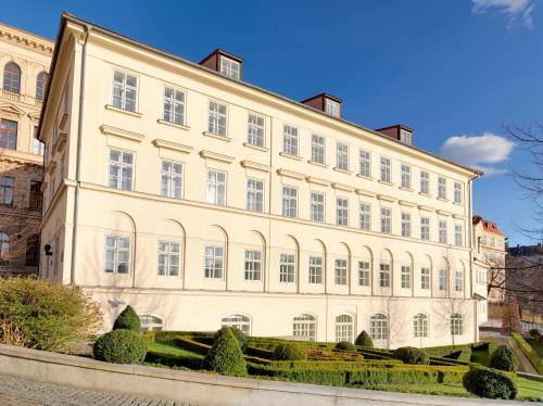Four Seasons Hotel Prague - 18 of 81