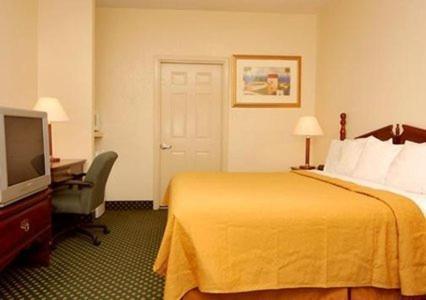 Econo Lodge Inn & Suites Philadelphia - Philadelphia, MS 39350