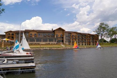 King's Pointe Waterpark Resort - Storm Lake, IA 50588