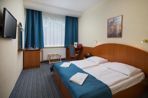 Benczur Hotel photo 47