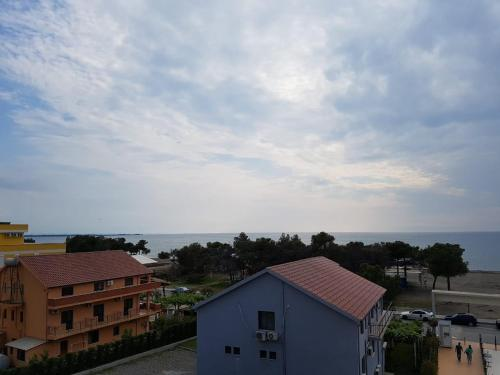 RELAX APARTMENTS ON SHENGJINI BEACH,LEZHE,ALBANIA