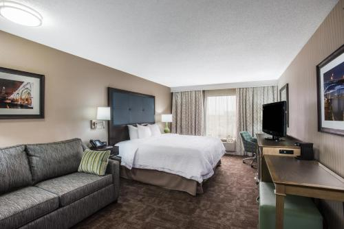 Hampton Inn Cleveland-Airport/Tiedeman Road in Brooklyn