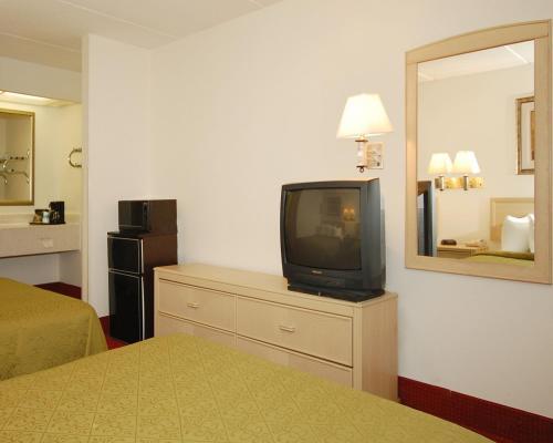 Quality Inn Selma Photo
