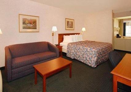 Quality Inn Roanoke Rapids Photo