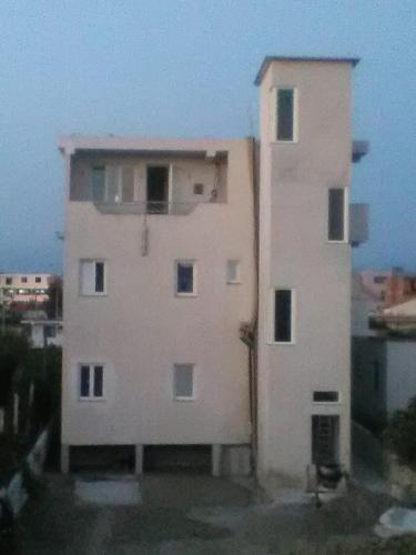 Gjeta apartments