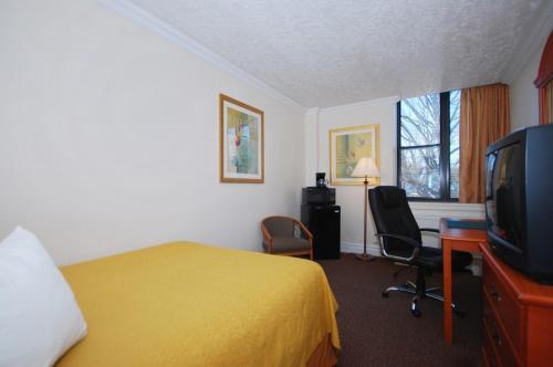 Quality Inn Massena Photo