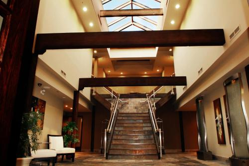 Sterling Inn & Spa - Niagara Falls, ON L2G 3S6
