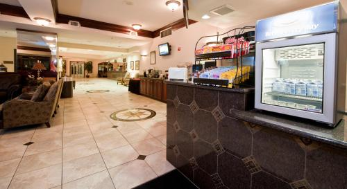 Shilo Inn Suites Hotel-killeen - Killeen, TX 76549