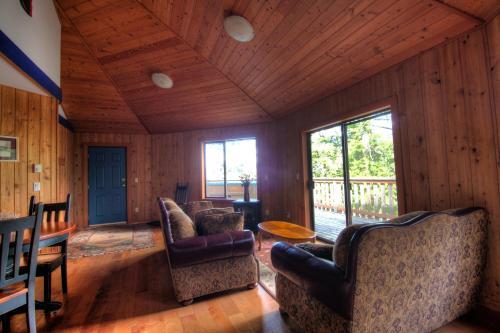 Desolation Resort - Lund, BC V8A 0G3