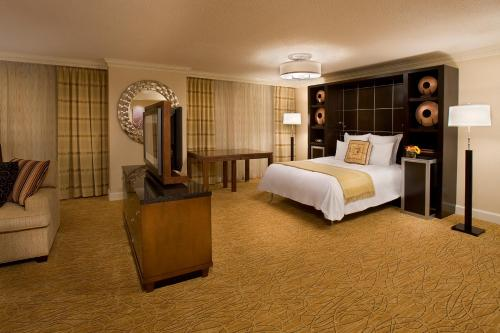 Toronto Airport Marriott Hotel photo 7