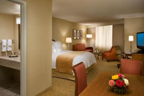Toronto Airport Marriott Hotel - Toronto, ON M9W 1J5