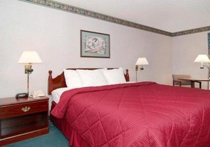 Comfort Inn Midway Photo