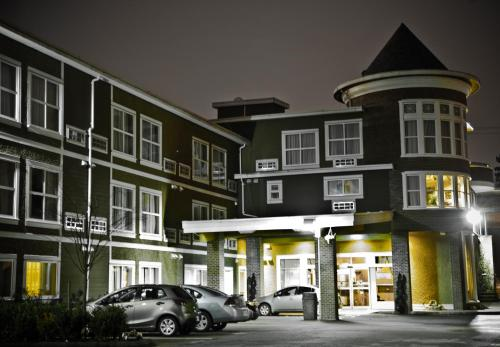 Days Inn By Wyndham Surrey - Surrey, BC V3T 2T5
